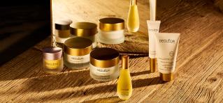 Decleor products tubs and bottles.
